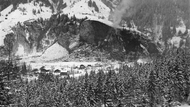 So sieht er aus, der Fels, nach den Explosionen im Dezember 1947.