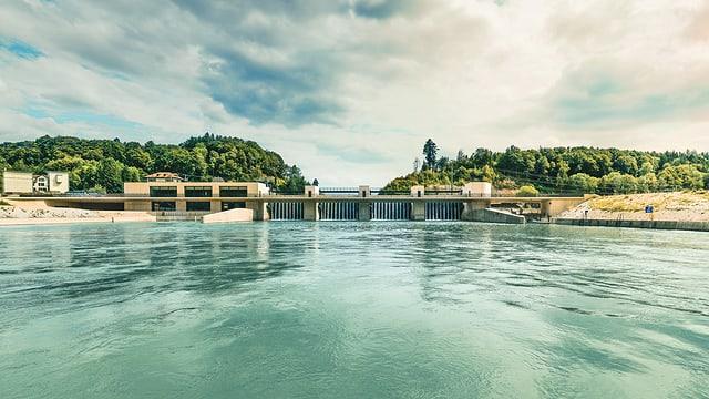 Blick auf das neue Hagneck-Kraftwerk