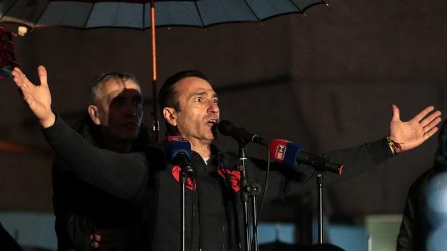Dragicevic bei seinem Protest