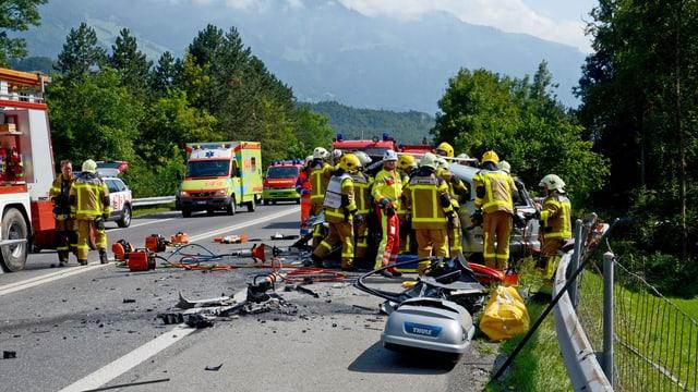 Schwerer Unfall auf der A8 bei Alpnach