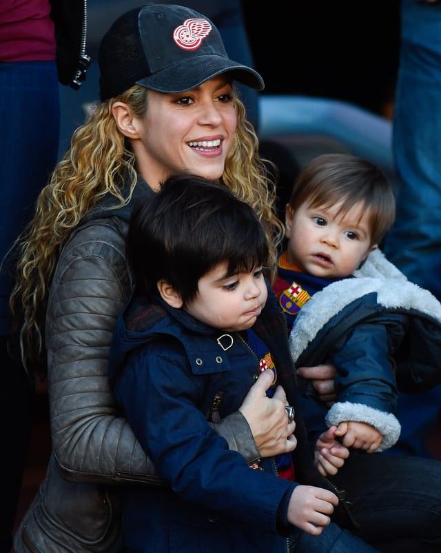 Shakira mit ihren beiden Söhnen