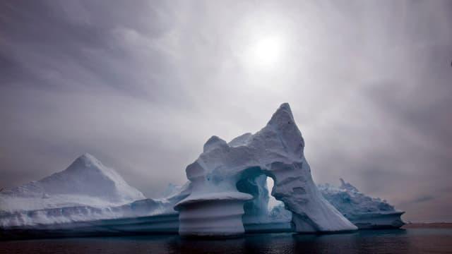 Eine Eisbergformation in Westgrönland.
