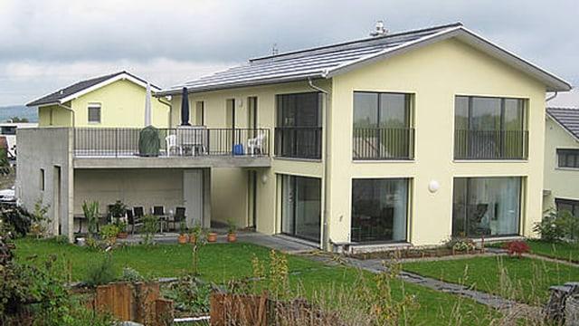Zweifamilienhaus im PlusEnergiestandard