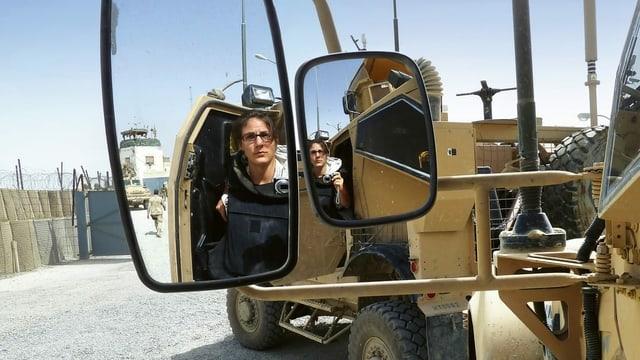 SRF-Korrespondentin Karin Wenger in Afghanistan, April 2011.