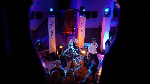 La gruppa englaisa Kawala durant lur concert al Eurosonic festival a Groningen