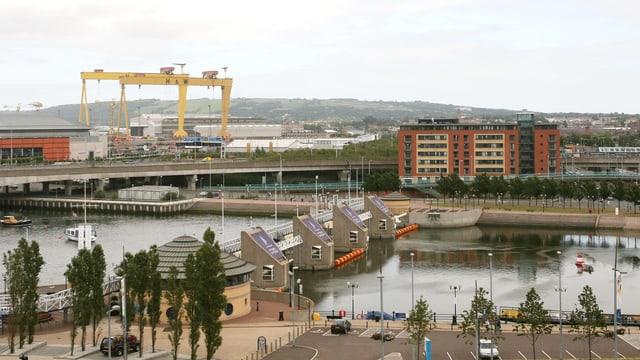 Belfast von oben mit Werft.