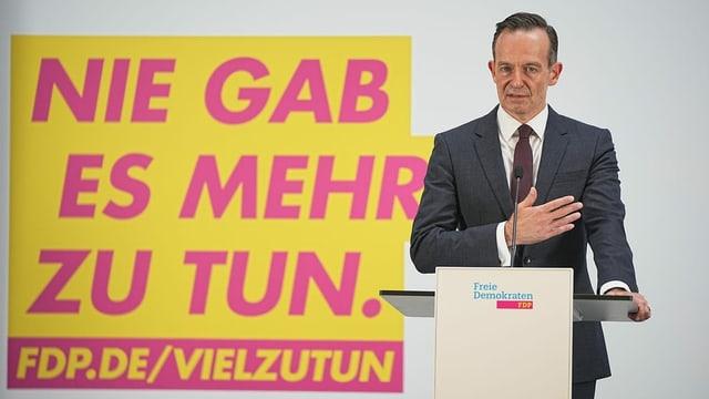 Volker Wissing am Rednerpult.