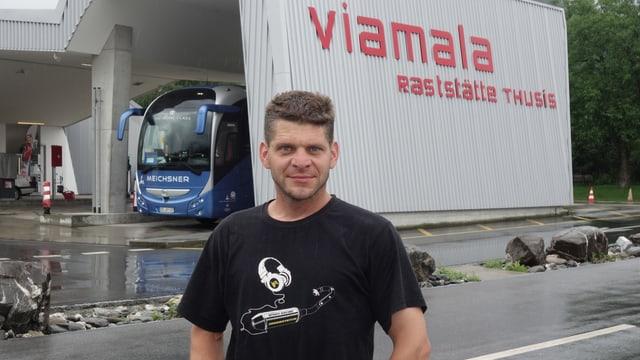 Simon Mark, il president dal comité d'organisation da las cursas da Supermoto en il Grischun.