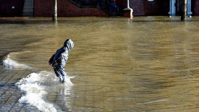 Hamburg unter Wasser.