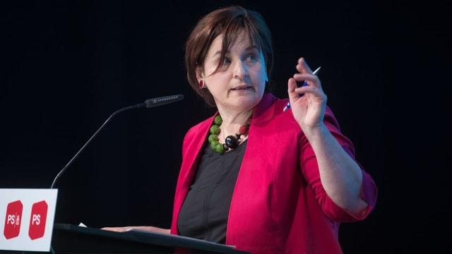 Marina Carobbio an einer SP-Delegiertenversammlung.