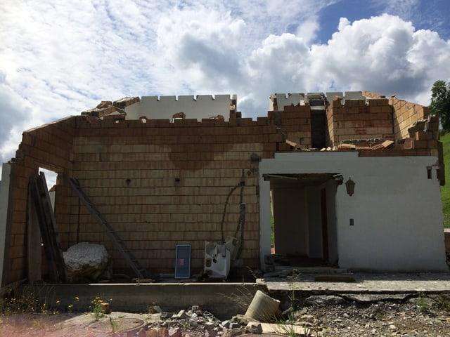 Die Überreste des Hauses «Müsli» von Sepp und Trudy Kathriner nach dem Hangrutsch.