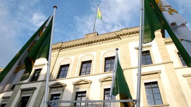 Frontansicht des Thurgauer Regierungsgebäudes.