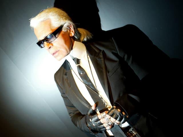 Karl Lagerfeld im Rampenlicht.