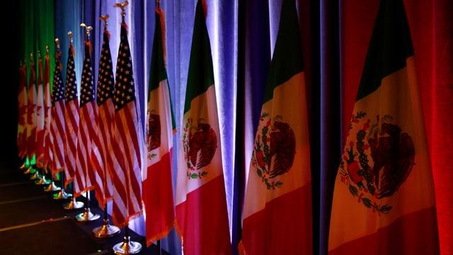 Flaggen der USA, Kanada und Mexiko