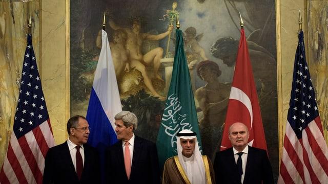 Die Aussenminister Russlands, der USA, Saudi-Arabiens und der Türkei.