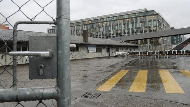Hier auf diesem Areal in Zürich-West soll das Asyl-Testzentrum entstehen.