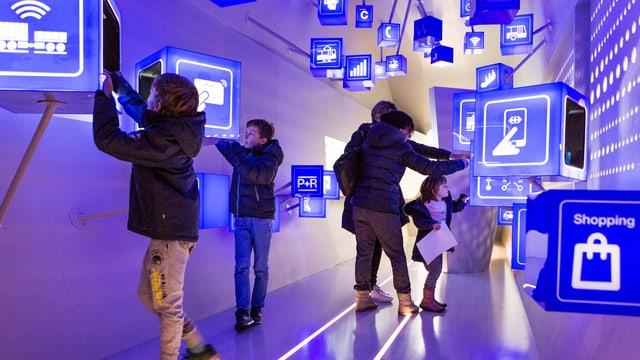 Exposiziun da mobilitad futuristica en il Museum Svizzer da Transports.