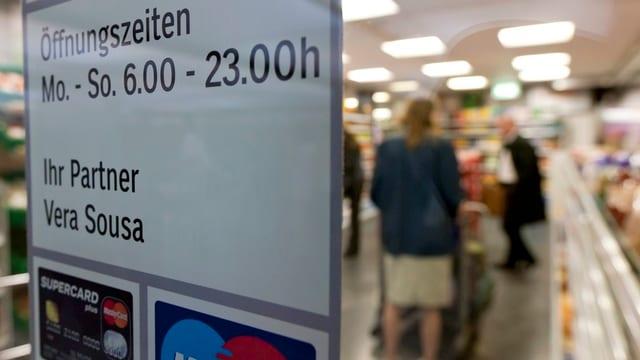 Wie lange sollen im Kanton Solothurn die Läden geöffnet sein dürfen? Darüber muss nun das Kantonsparlament diskutieren.