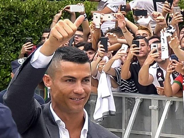 Cristiano Ronaldo wird in Turin vorgestellt.