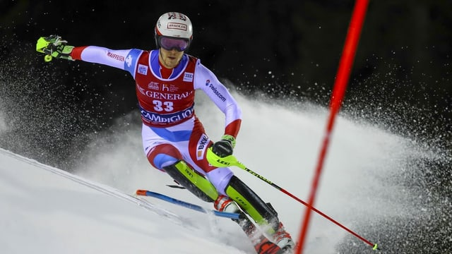 Skiunz da slalom en acziun