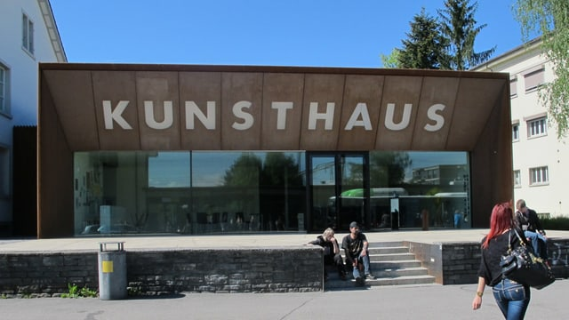 Eingang des Kunsthauses Grenchen