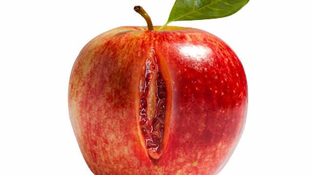 Apfel mit einem sexy Schlitz