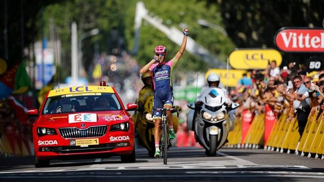 Ruben Plaza Molina gewinnt die 16. Etappe.