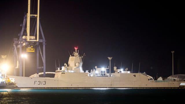 Norwegische Fregatte, die syrische Chemiewaffen abtransportiert.