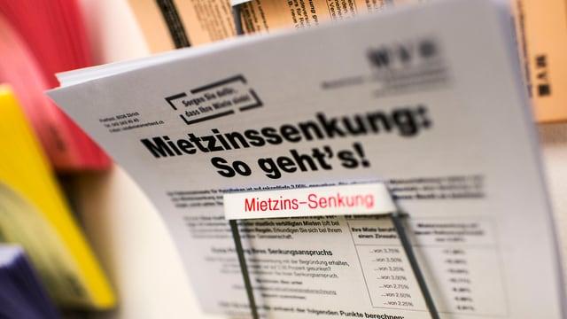 """Zeitung mit dem Titel: """"Mietzinssenkung: So geht's!"""""""