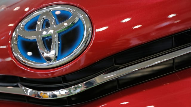 Toyotas Logo auf in der Nahaufnahme.