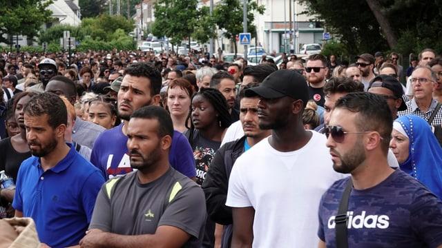 Teilnehmer des Trauermarsches in Nantes, 5. Juli.