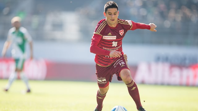 Moreno Costanzo läuft neu für den FC Thun auf.