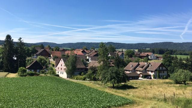Das Dorf Volken im Zürcher Weinland