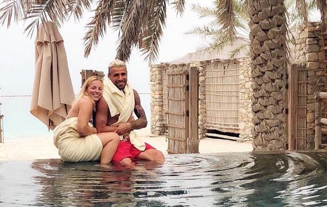 Lara Gut und Valon Behrami im ersten gemeinsamen Urlaub.