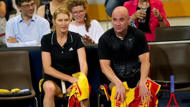 Steffi Graf und Andre Agsssi in der Bossard-Arena in Zug.