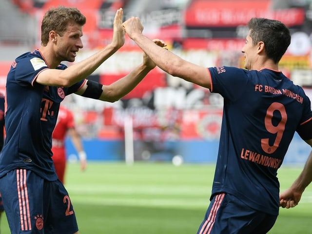 Thomas Müller steht in der laufenden Saison bei 20 Assists, Robert Lewandowski bei 30 Treffern.