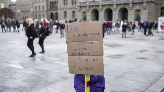 Schild vor dem Bundeshaus