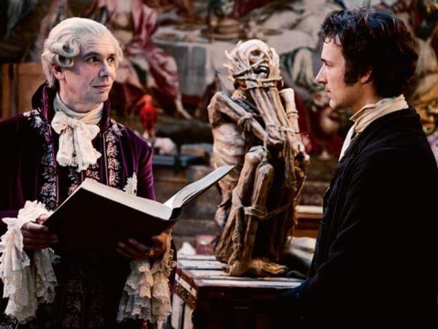 Der Herzog von Braunschweig (Michael Maertens) fördert Gauss mit einem Stipendium.