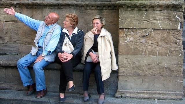 turists sin ina stgala a Firenza