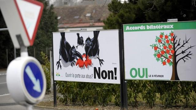Plakate zur Abstimmung über die Ausweitung der Bilateralen im Jahr 2009.