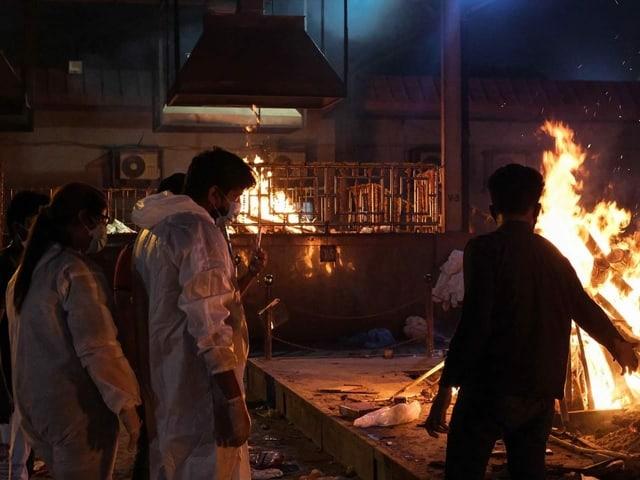 Blick auf eine hinduistische Verbrennungsstätte