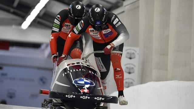 Schweizer Bobfahrer Vogt glänzt mit Rang 2 in Sigulda