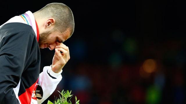 Kariem Hussein weint
