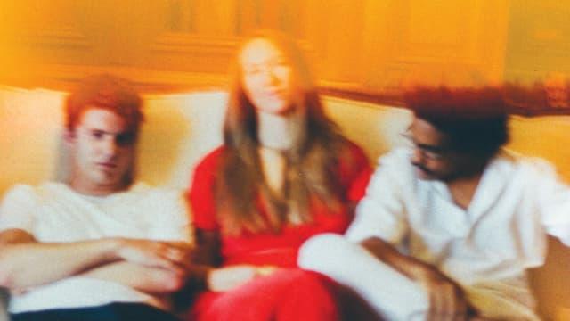 Getrieben vom Stillstand. Faber, Sophie Hunger und Dino Brandão veröffentlichen mit «Ich liebe dich»  ein gemeinsames Mundart-Album.