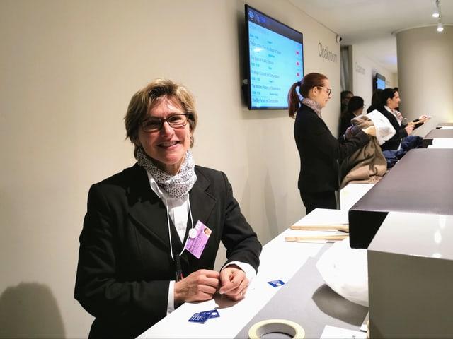 Dapi 12 onns pren Marianne Bergamin cunter ils mantials e chalzers dals partizipants dal WEF.