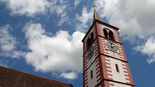 Kirchturm von Liestal in Ochsenrot