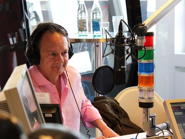 Thomas Bucheli im Studio.