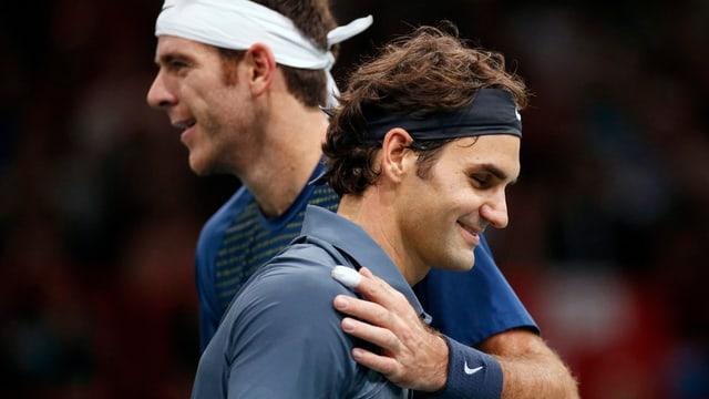 Juan Martin Del Potro (links) und Roger Federer.