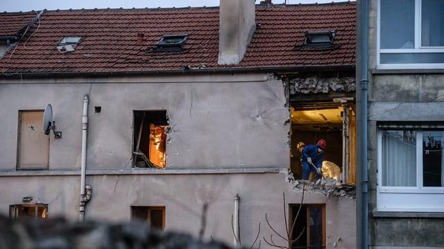 abitaziun devastada suenter in'attatga a Paris