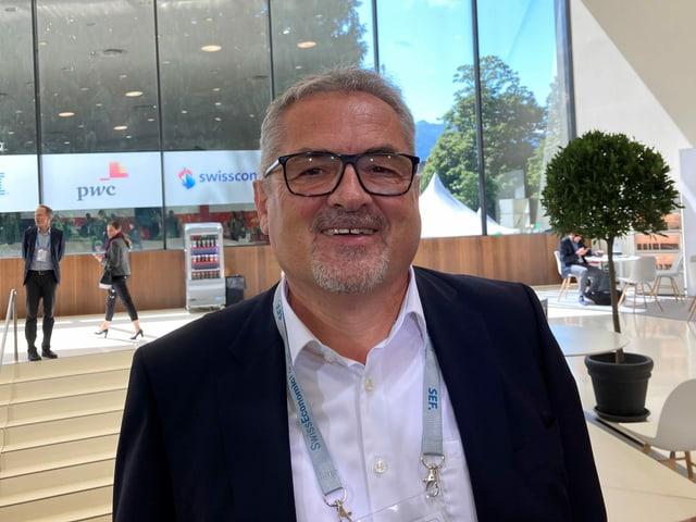 Roland Fischer, Geschäftsführer von OC Oerlikon